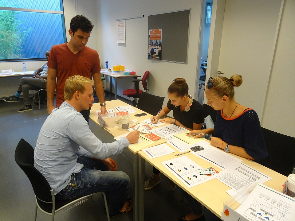 JBMS.nl - supply chain simulation game (foto 2)